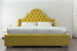 Кровать «Бель» с каретной стяжкой