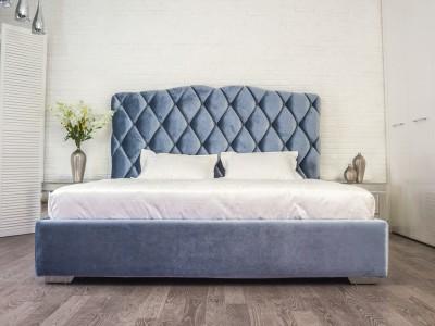 Кровать «Кантори» с каретной стяжкой